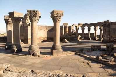 Храм Звартноц, Армения