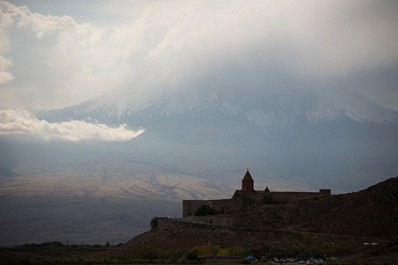Best time to visit Armenia. Autumn