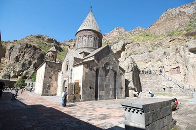 Best time to visit Armenia. Summer