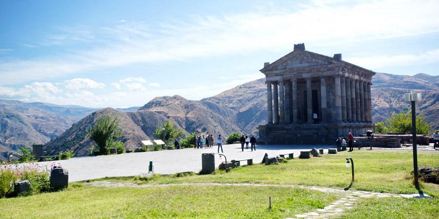 Картинки по запросу гарни армения