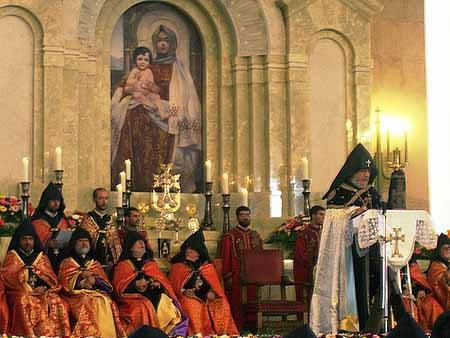 врмянская апостольская церковь и православие в чем разница действующим веществом Натамицин