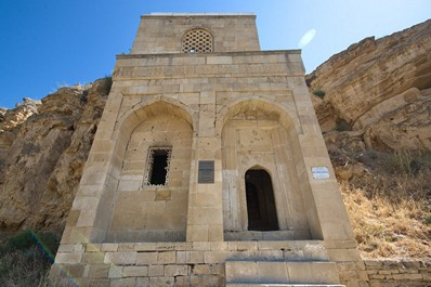 Diri-Baba Mausoleum-Mosque of the 15th Century, Shamakhi