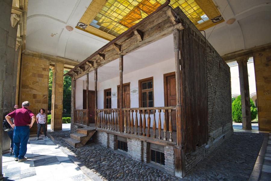 Картинки по запросу Дом-музей Сталина гори