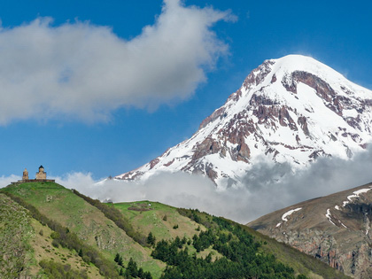 One-day Tour to Ananuri and Kazbegi