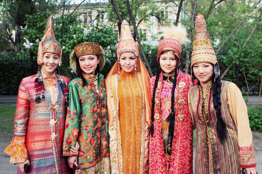 people s republic of china and kazakhstan republic of kazakhstan, which is situated in central asia, has the population of 15,186,000 people and territory 2,719,500 sq km  the country is bordered by siberian russia in the north, china in the east, kyrgyzstan, uzbekistan, and turkmenistan in the south, and the caspian sea and european russia in the west.