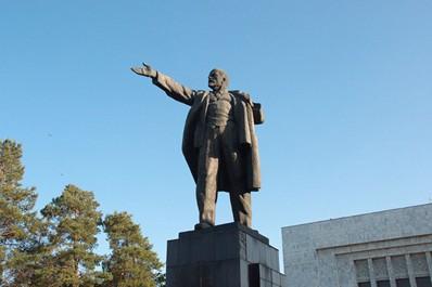Памятник В.И. Ленину, Бишкек