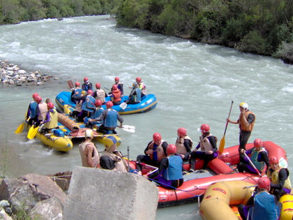 Teambuilding Tour in Kyrgyzstan: Extreme Race