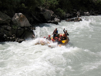 Rafting tours in Kyrgyzstan: Floating down the Chu River