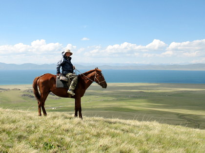 Kyrgyzstan small group scheduled horse riding tour 2017