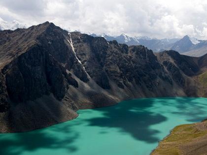 Пеший тур по Кыргызстану - 3: Бишкек, Каракол, ущелье Каракол, озеро Ала-Куль, Ущелье Келдике, Алтын Арашан, Чолпон-Ата