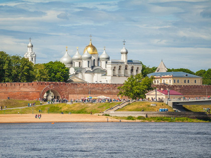 1-week Russia Tour Itinerary: Moscow and St. Petersburg with Veliky Novgorod and Valday