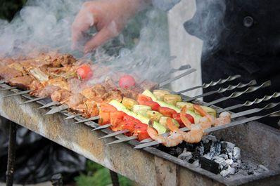 Uzbek meat dish: beef kebab