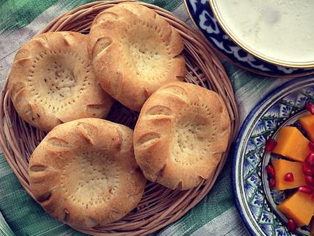 Uzbek bread lepeshka for Atlas house uzbek cuisine