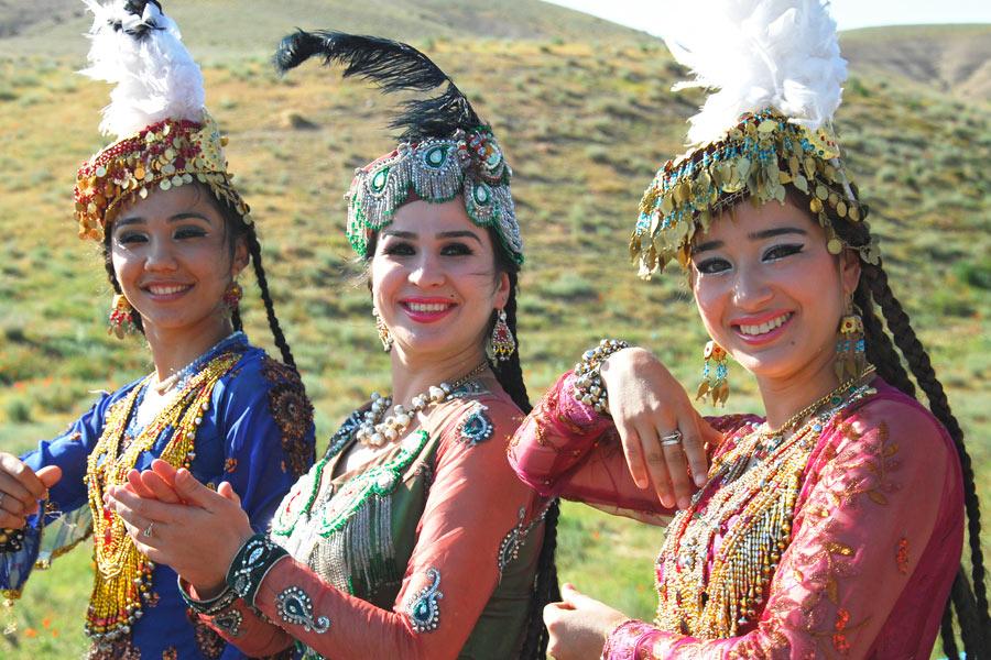 Uzbek Dance  Uzbekistan Culture