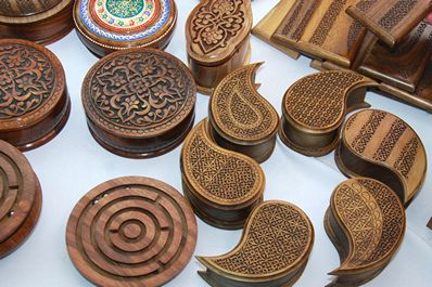 Uzbek Handicrafts and Applied Art