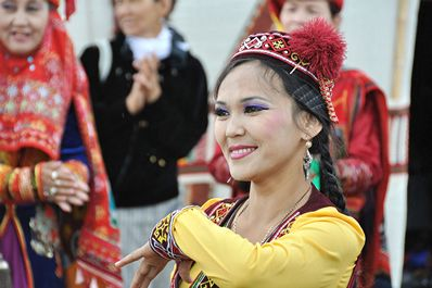Traditional Uzbek dance