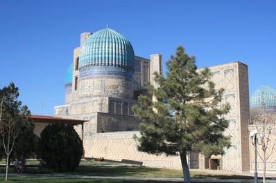 Bibi-Khanym mosque