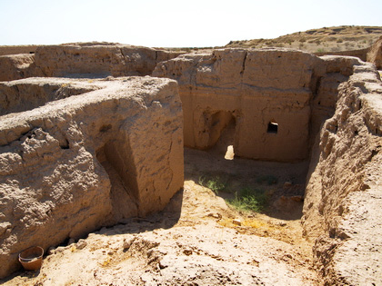 Uzbekistan Archaeological Tour: from Ferghana Valley to Kyzylkum desert