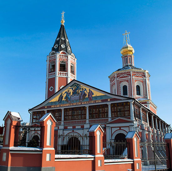 Saratov - the beauty of ancient manorial estates