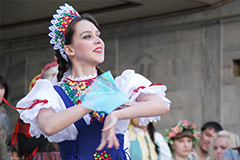 Traditional Russian Women's Clothing